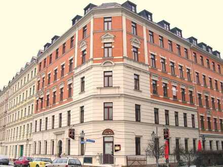 Großzügiges - Büro / Praxis 6 Räume - Küche - Herren / Damen WC im Stadtteil Reudnitz-Thonberg