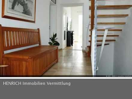 Modernisiertes EFH mit EBK und Wintergarten auf großem Grundstück in Hofheim-Marxheim