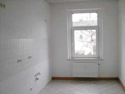 Helle 2-Raum-Wohnung !