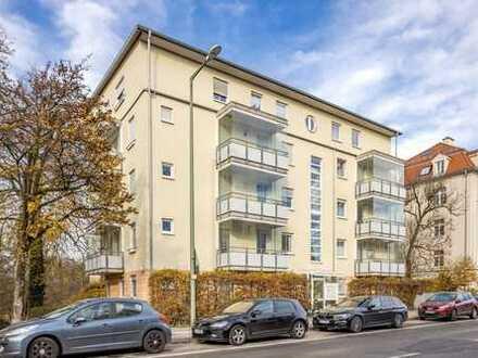 KAPITALANLAGE - Ruhige 4-Zimmer Wohnung mit Balkon am grünen Stadtpark von Pasing!