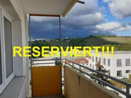 +++RESERVIERT+++stadtnahe 3 Zi.-Whg. mit Balkon (RENOVIERUNGSBEDÜRFTIG)