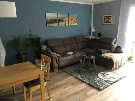 Gepflegte 2-Zimmer-Hochparterre-Wohnung mit Balkon und EBK in Preetz