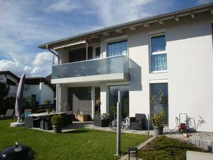 Moderne Wohnung mit herrlicher Aussicht in ruhiger Lage