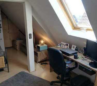 1-Zimmer Dachgeschoss Wohnung im Herzen Dossenheims