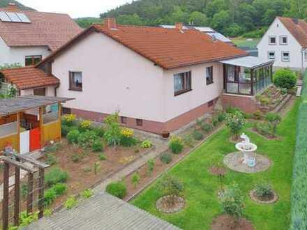 Gepflegtes Einfamilienhaus in ruhiger Lage mit schönem Garten sucht neue Eigentümerfamilie
