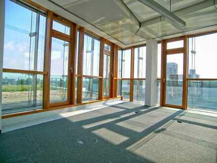Bürofläche mit Durchblick im Medienhafen!