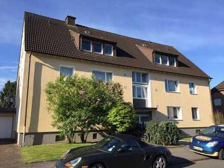 Schöne, gepflegte 3,5-Zimmer-Dachgeschosswohnung mit gehobener Innenausstattung in Dortmund-Kurl