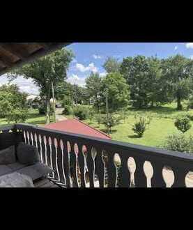 Ca 55m2 Wohnung für 1 Person mit großem Balkon ins Grüne Teilmöbliert