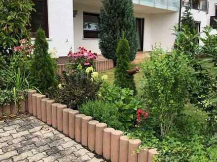 4-Zimmer-Wohnung mit Terrasse, Gartennutzung und Einbauküche in Böbingen