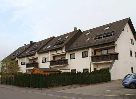 Ruhige barrierefreie 4 Zi-Wohnung mit Garten und Garage