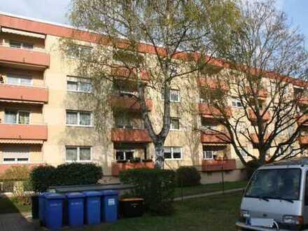Top Lage in Nbg-Mögeldorf, vermiet. 3 Zi. Whg. ca. 78 m² m. Balkon, im 2.OG, Hersbrucker Str. 119