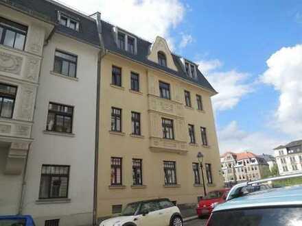 Tolle 2-Raum-Wohnung im Erdgeschoss, fußläufig nur ca. 5 Minuten ins Zentrum, mit Balkon