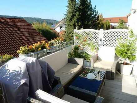 Gepflegte 4-Zimmer-Wohnung mit Balkon und Einbauküche in Leonberg
