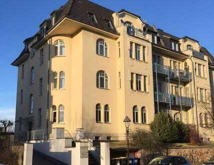 4-Zimmer-Maisonette-Wohnung im DG mit Balkon! Carport möglich!