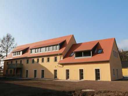 Sonnige 5-Zimmer-Maisonette-Wohnung mit Terrasse und Gartennutzung & mit Einbauküche