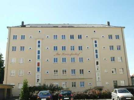 ++ vermietete 2 Zimmer Wohnung im Zentrum mit Südbalkon ++