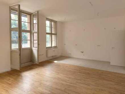 Großzügig geschnittene Wohnung lädt zum Verweilen ein!!