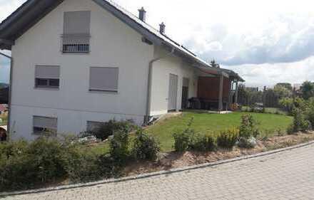 Neubau Doppelhaushälfte mit Garten