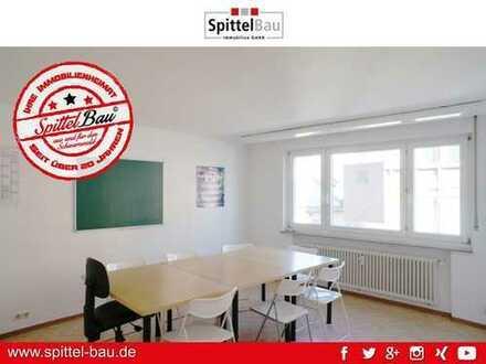 Zentrale Büro- / Praxisräumlichkeiten in Schramberg zu vermieten!