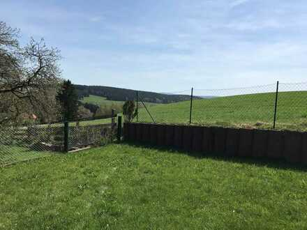 Voll erschlossenes Grundstück mit Blick zum Fichtelberg in Elterlein