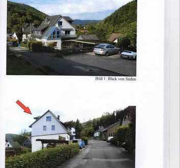 Schönes, geräumiges 2-Familienhaus mit acht Zimmern in Hagen, Priorei