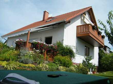 2-Zimmer Dachgeschoßwohnung, möbliert, befristet (2-3Monate) zu vermieten