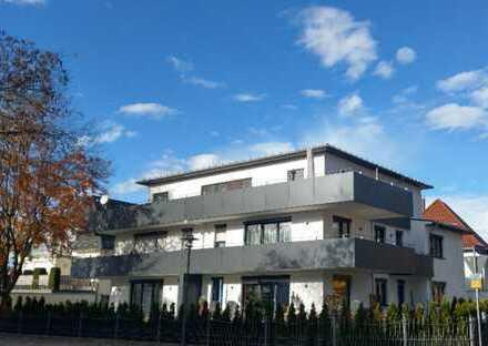 Exklusive neuwertige 4-Zimmer-Penthouse-Wohnung mit großer Dachterrasse
