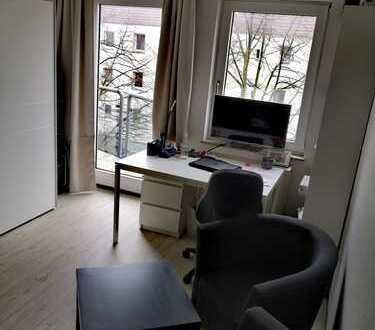 Helle, gepflegte 1-Zimmer-Wohnung mit Balkon und Einbauküche in Braunschweig nahe Uni und Innenstadt