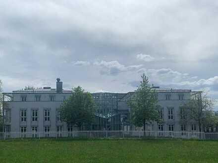 Bürohaus mit 2 Betriebswohnungen und Dachterrassen!