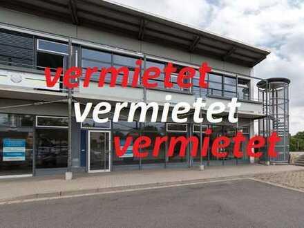 2 Etagen! Maisonette als Verkaufs- oder Bürofläche mit Parkplätzen!