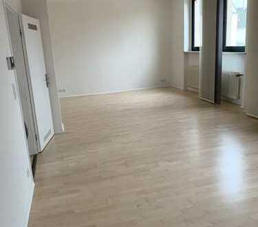 Geräumige 3-Zimmer-Wohnung in gepflegtem Altbau in Wuppertal-Vohwinkel