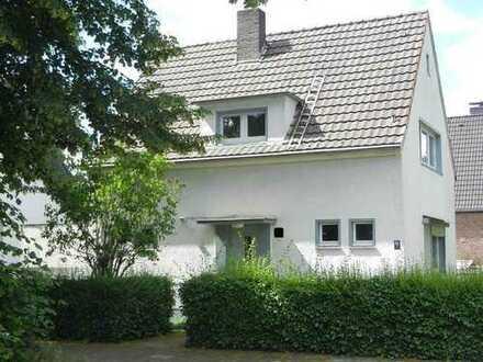 Du-Buchholz, freistehend, charmant, ruhige Lage und renovierungsbedürftig,