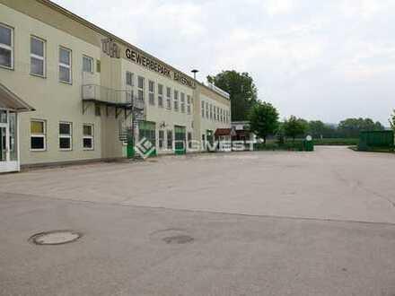 Lagerhalle mit ebenerdiger Andienung an der A 7