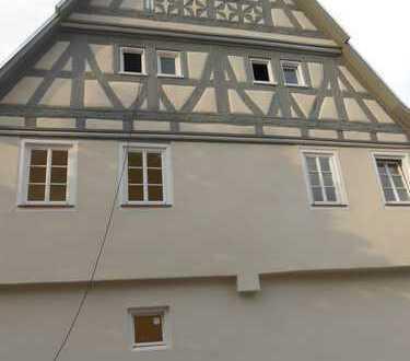 Schönes, geräumiges Haus mit fünf Zimmern in Böblingen (Kreis), Renningen