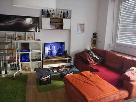 Exklusive, neuwertige 1-Zimmer-Hochparterre-Wohnung mit EBK in Nürtingen