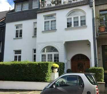 Modern möblierte 2-Zimmerwohnung in 1-A-Lage von Gerresheim