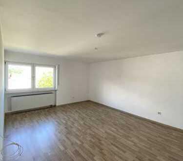 Schönes und modernisiertes 7-Zimmer-Einfamilienhaus zur Miete in Simbach am Inn, Simbach am Inn