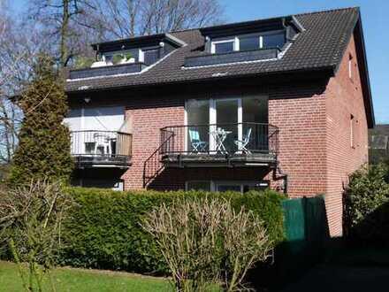 Sonnige, helle 2,5 Zimmer Wohnung mit Balkon in ruhiger Lage