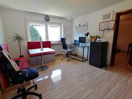 Vollständig renovierte sehr helle 2-Zimmer-Wohnung mit EBK in Rottweil