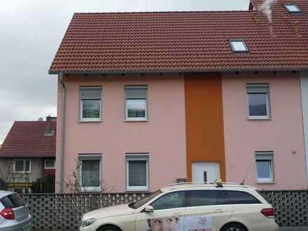 Großzügiges Doppelhaushälfte - Perfekt für die Familie.