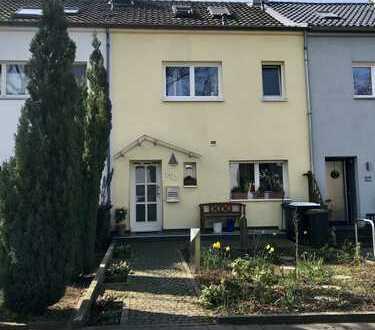 Gepflegtes Reihenhaus mit 4,5 Zimmern in Burtscheid