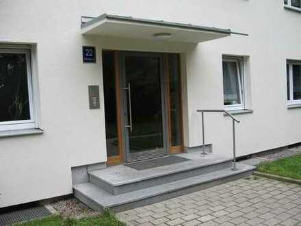 modernisierte, ruhig gelegene 4-Zimmer Wohnung