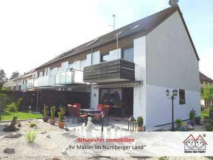 TOP-Chance!!!! Sehr gepflegtes Reihenendhaus mit Garage und viel Platz in Röthenbach a.d. Pegnitz