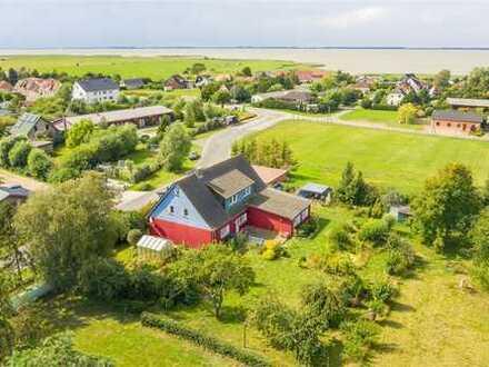 Haus mit Ferienwohnungen in Neuendorf nahe des Hafens