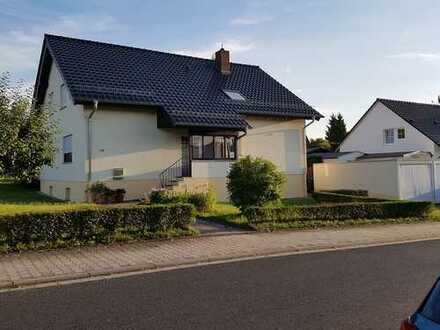 1130.0 € - 110.0 m² - 4.0 Zi.