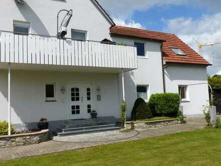 Erstbezug nach Sanierung: schöne 5-Zimmer-Wohnung mit Balkon in Borgholzhausen