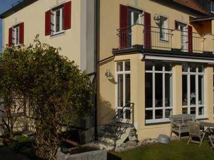 Zentrale 5-Zimmer-Doppelhaushälfte mit Einliegerwohnung in Grünwald