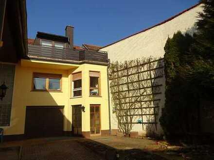 Sofort freies Haus für eine Einzelperson oder Paar in Braunweiler. Achtung kein Garten!!