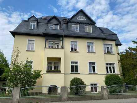 * schöne 3,5-Zimmer-Maisonette-Wohnung mit Balkon in beliebter Lage *