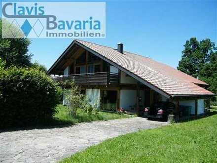 Landkreis FFB: wunderbare Randlage: Holzständerhaus mit großer Wohnfläche in ruhiger Wohnlage